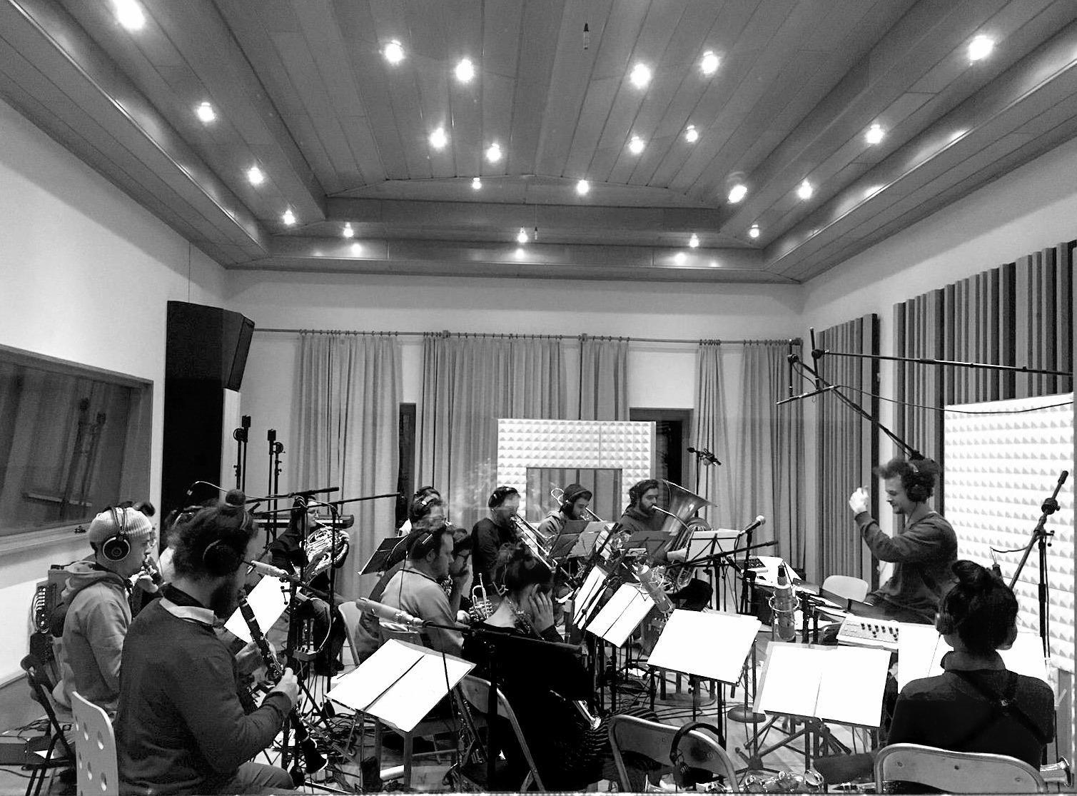 """20.01.2020 Das """"Ralph Mothwurf Orchester"""" ist ein 22köpfiges Ensemble zusammengestellt aus ProfimusikerInnen, die sowohl im Jazz, als auch in der zeitgenössischen Musik verwurzelt sind."""